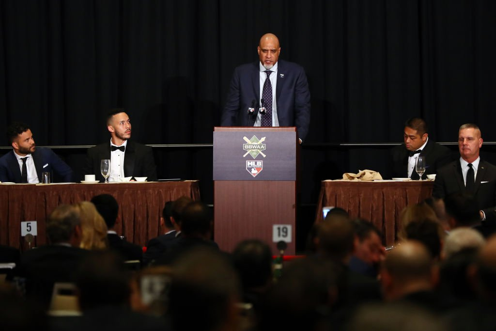 Tony Clark, Executive Director of the MLBPA, speaks during the 2018 Baseball Writers' Association of America awards dinner on Sunday, January 28, 2018   Photo: Getty Images