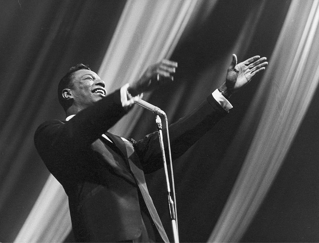 American musician Nat King Cole at a concert at about 1960 | Photo: Getty Images