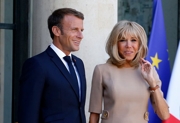 La photo d'Emmanuel et Brigitte Macron le 22 août 2019 à Paris, en France | Source: Getty Images / Global Ukraine