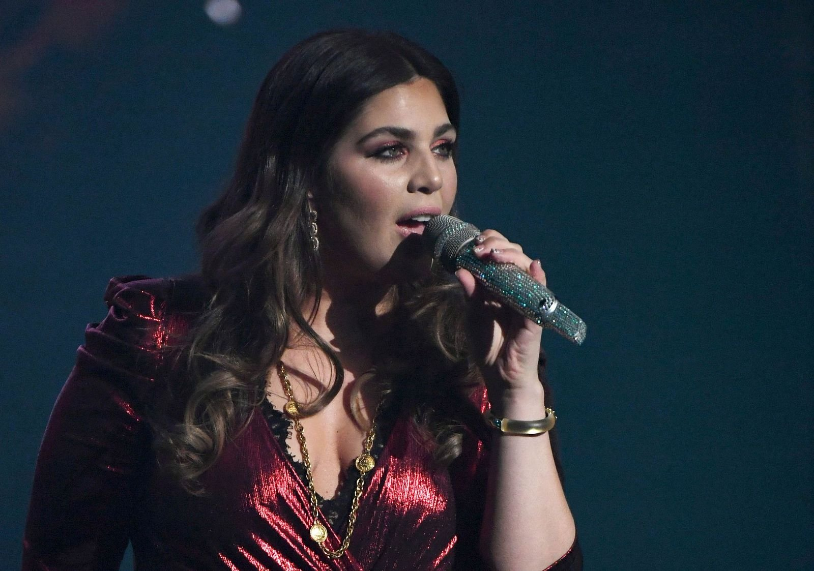 """Hillary Scott performing at the """"Our Kind of Vegas"""" residency on February 8, 2019, in Las Vegas, Nevada   Photo: Ethan Miller/Getty Images"""