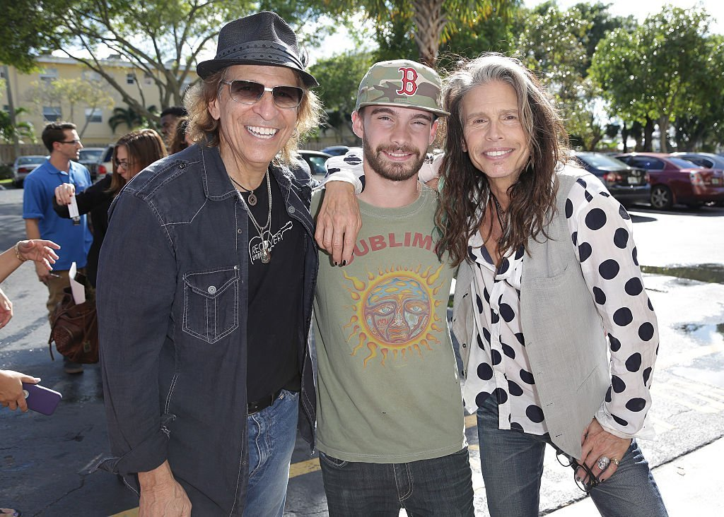 Richie Supa, Taj Monroe Tallarico and Steven Tyler are seen at Recovery Unplugged. | Source: Getty Images