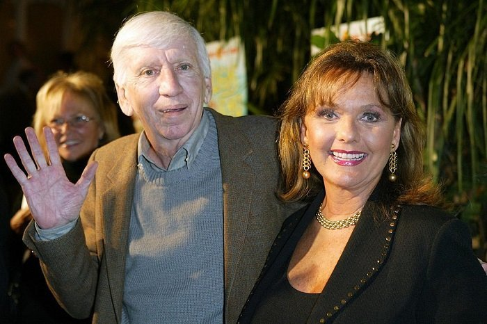 """Actress Dawn Wells and actor Bob Denver arrive at the launch party for """"Gilligan's Island: The Complete First Season"""" on February 03, 2004 in Marina del Rey, California. I Image: Getty Images"""