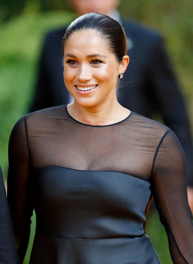 "Meghan, duquesa de Sussex asiste al estreno europeo de ""The Lion King"" en Leicester Square. 