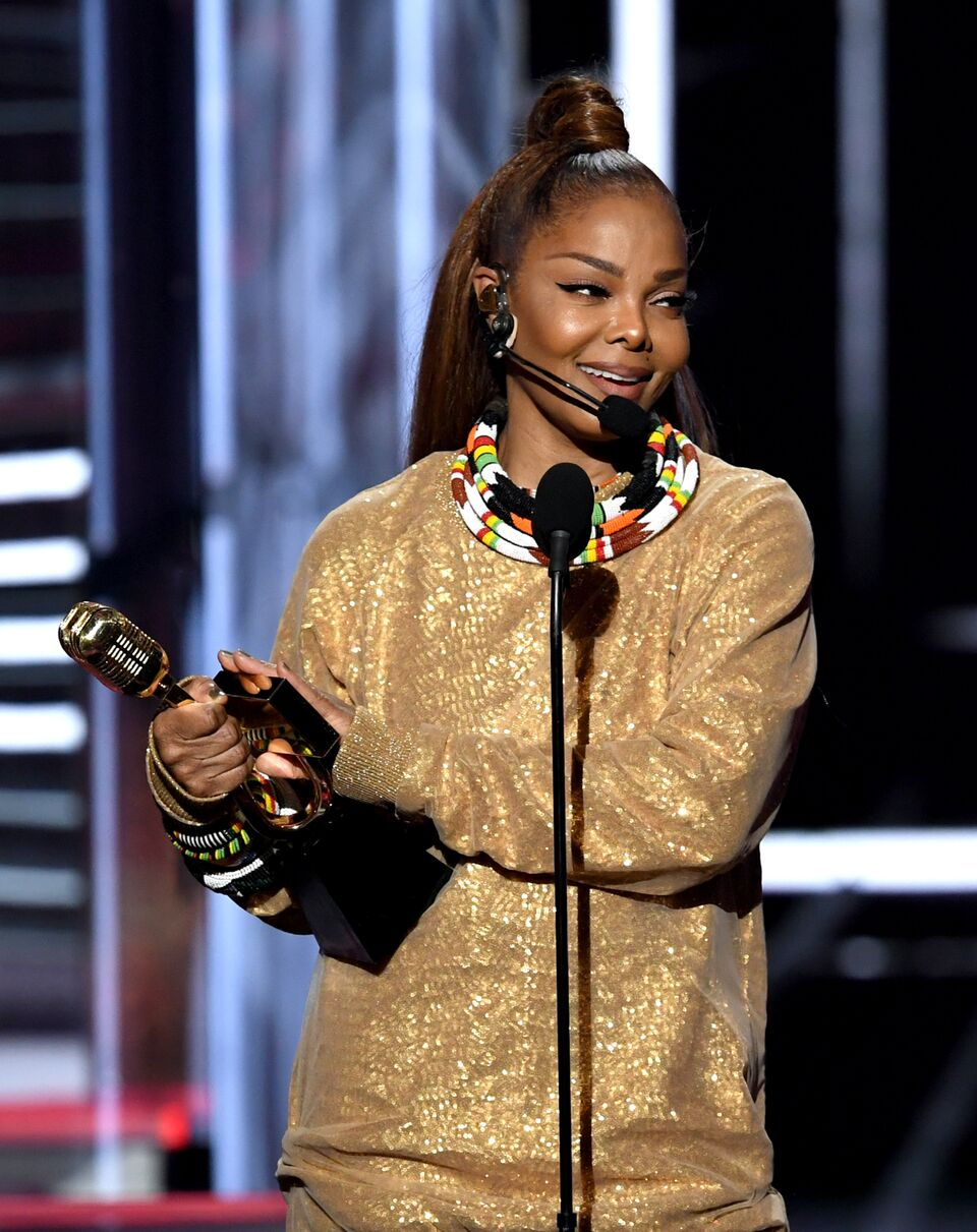 Janet Jackson accepts the Icon Award at the 2018 Billboard Music Awards.   Source: Getty Images