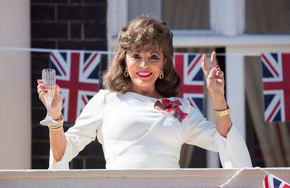 Joan Collins on May 8, 2020 in London, England. | Photo: Getty Images