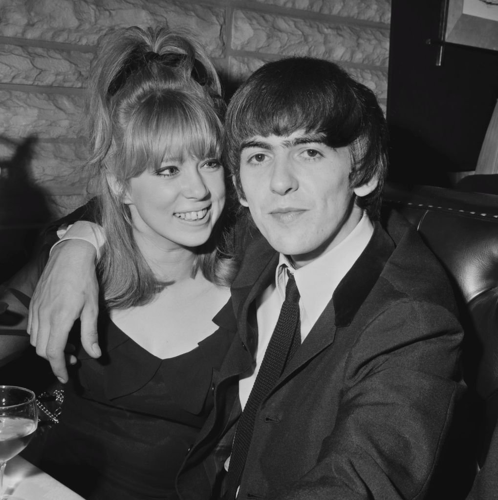 English guitarist, singer, and songwriter George Harrison (1943 - 2001) with girlfriend Pattie Boyd, whom he would later marry, UK, 9th April 1964.  | Getty Images / Global Images Ukraine