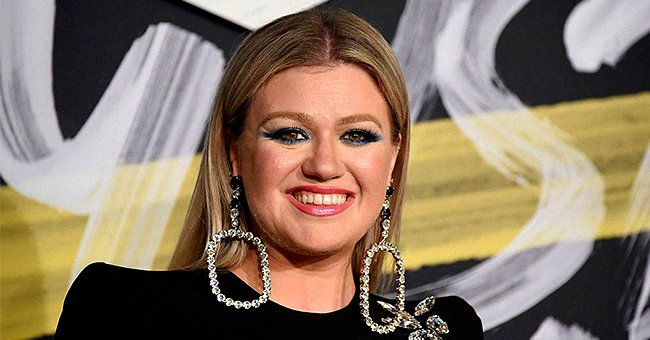 Kelly Clarkson Gave Fans a Peek at Her Country Home Where She's Riding out the Pandemic