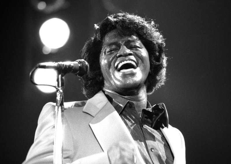 James Brown in concert circa 1980 | Photo: Getty Images