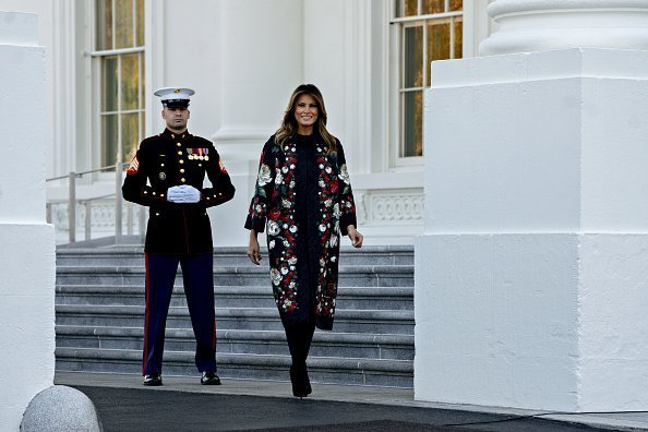 Melania Trump at the North Portico of the White House in Washington, D.C., U.S., on Monday, Nov. 25, 2019 | Photo: Getty Images