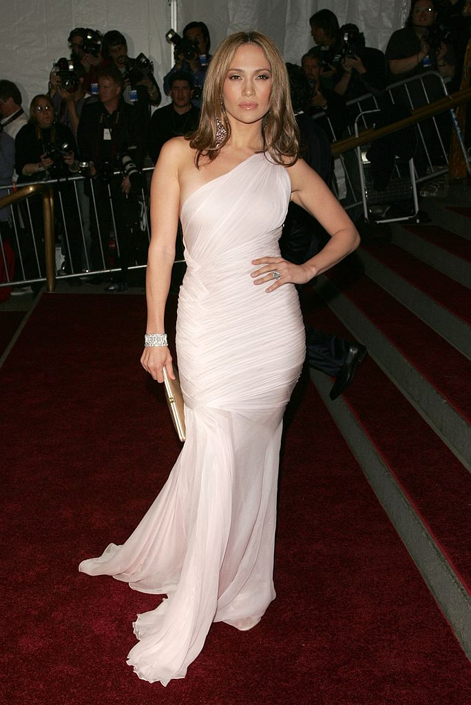 Jennifer López en la Gala MET 2006.| Fuente: Getty Images/Global Images Ukraine