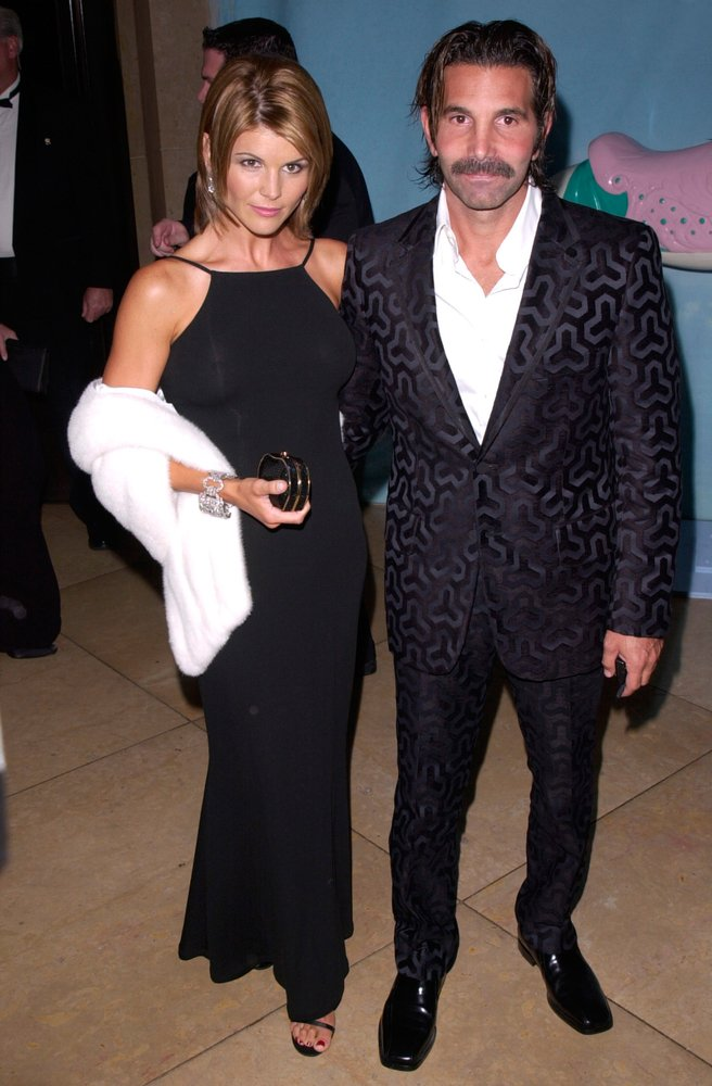 Lori Loughlin and husband, Mossimo Giannulli at the Carousel of Hope Ball 2000 at the Beverly Hilton Hotel. | Source: Shutterstock