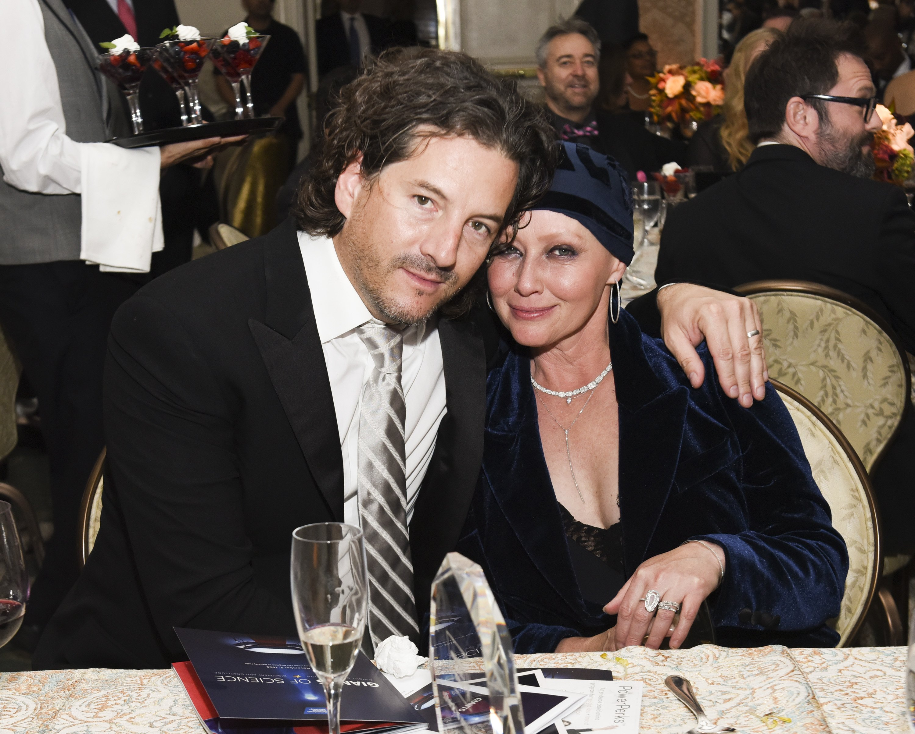 Kurt Iswarienko and Shannen Doherty at American Cancer Society's Giants of Science Los Angeles Gala on November 5, 2016 | Photo: GettyImages