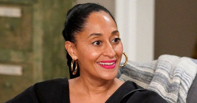 Tracee Ellis Ross Praise for Flaunting Her Hourglass Body in Green Swimsuit While Dancing under Shower