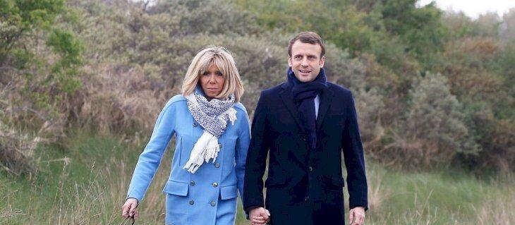 Emmanuel et Brigitte Macron profitant du grand air. l Source: Flickr