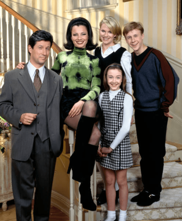 "The cast of ""The Nanny"" Charles Shaughnessy, Fran Drescher, Nicholle Tom, Benjamin Salis and Madeline Zima circa 1993 