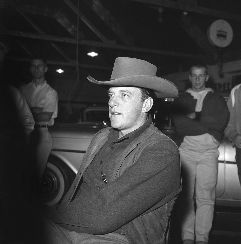 James Arness of TV's 'Gunsmoke' poses for a photo circa 1959 in Los Angeles, California. | Photo: Getty Images