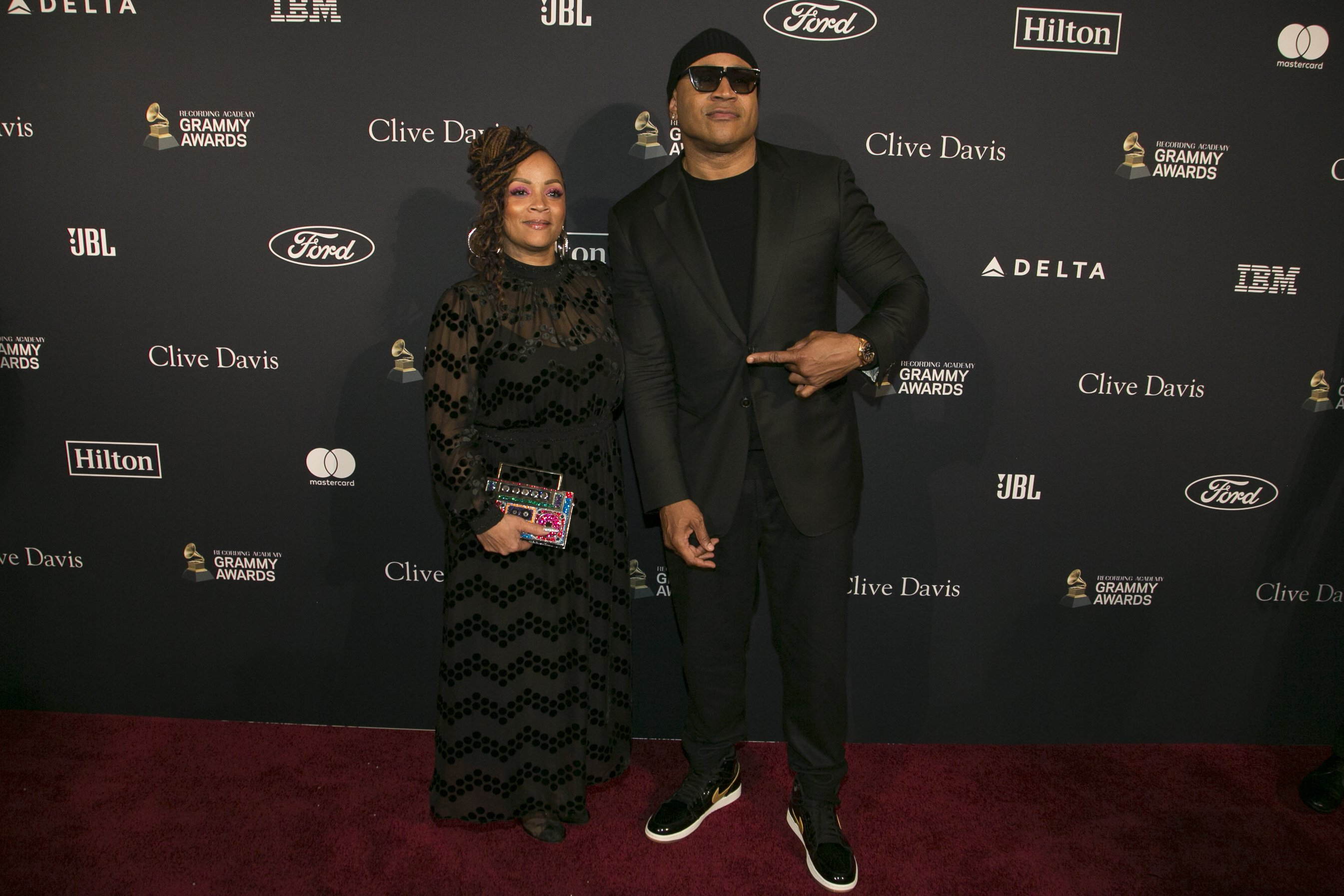 LL Cool J and Simone Smith attend the Pre-GRAMMY Gala at The Beverly Hilton Hotel on January 25, 2020 in Beverly | Source: Getty Images Hills, California.