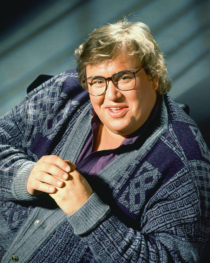 John Candy poses for a photo session on April 12, 1993 in Los Angeles, California | Photo: Getty Images
