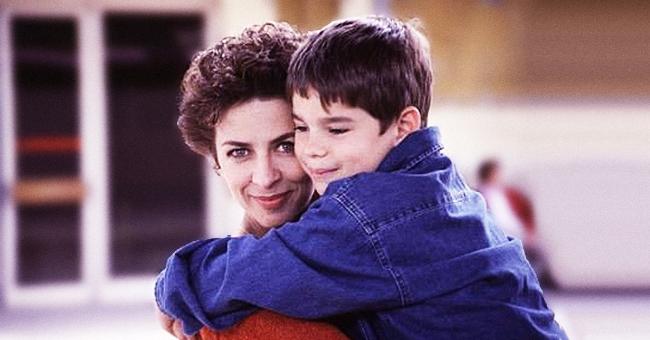 Nicolas, le ''fils'' de Corinne Touzet, est maintenant un adulte