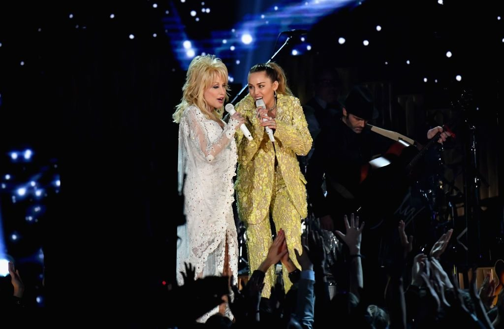 Dolly Parton and Miley Cyrus at the 61st Annual GRAMMY Awards in 2019 in Los Angeles, California | Source: Getty Images