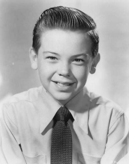 Actor Bobby Driscoll at age12 in a studio portrait taken in 1950 | Source: Wikimedia Commons/ NBC Television Network, Bobby Driscoll 1950, marked as public domain, more details on Wikimedia Commons