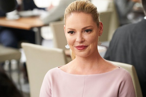 Katherine Heigl en la serie Suits – Temporada 8 de Suits, Episodio 812. | Imagen: Getty Images