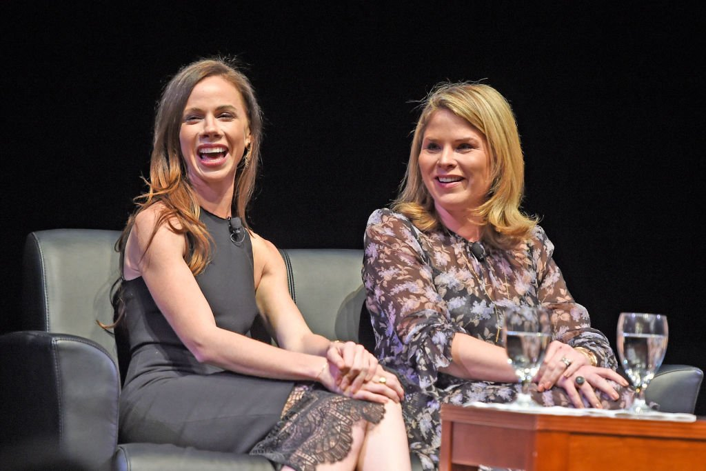 Barbara Pierce Bush and Jenna Bush Hager during an interview with Emily Bingham, 2017, Louisville, Kentucky. | Photo: Getty Images