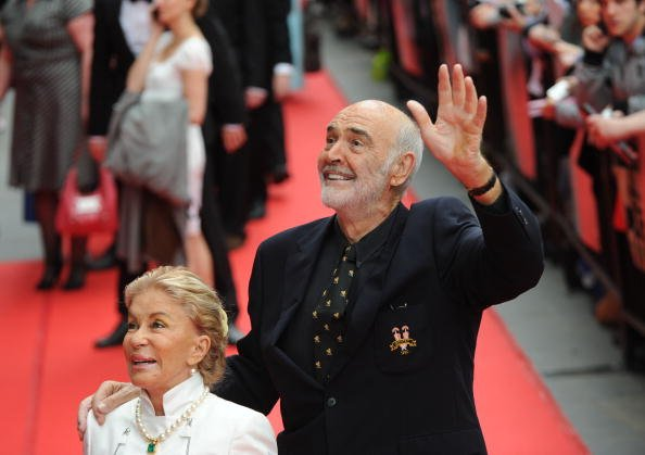 Sean und Micheline Connery, Edinburgh International Film Festival Opening Film: The Illusionist, 2010, Edinburgh, Schottland | Quelle: Getty Images