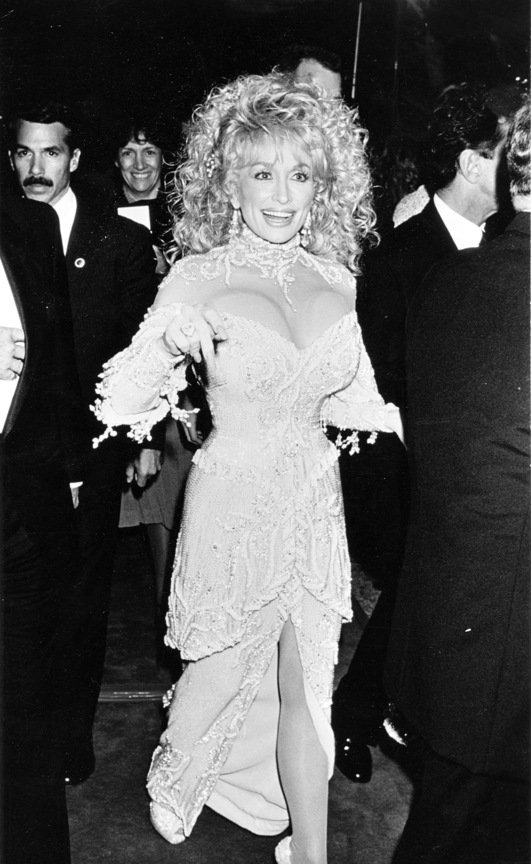 """Dolly at the """"Steel Magnolias"""" NYC Benefit Premiere onNovember 9, 1989.   Photo: Getty Images"""