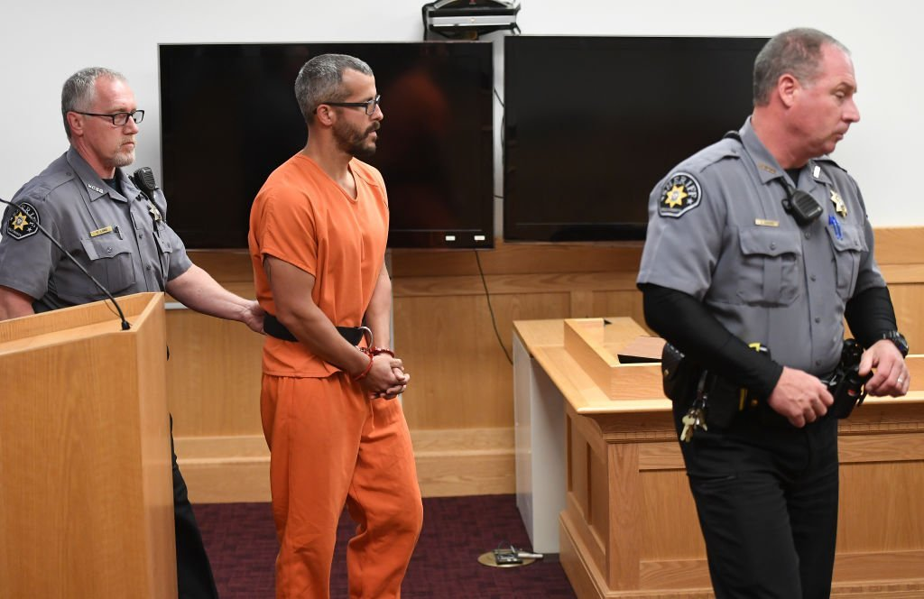 Christopher Watts is in court for his arraignment hearing at the Weld County Courthouse on August 21, 2018. | Photo: GettyImages