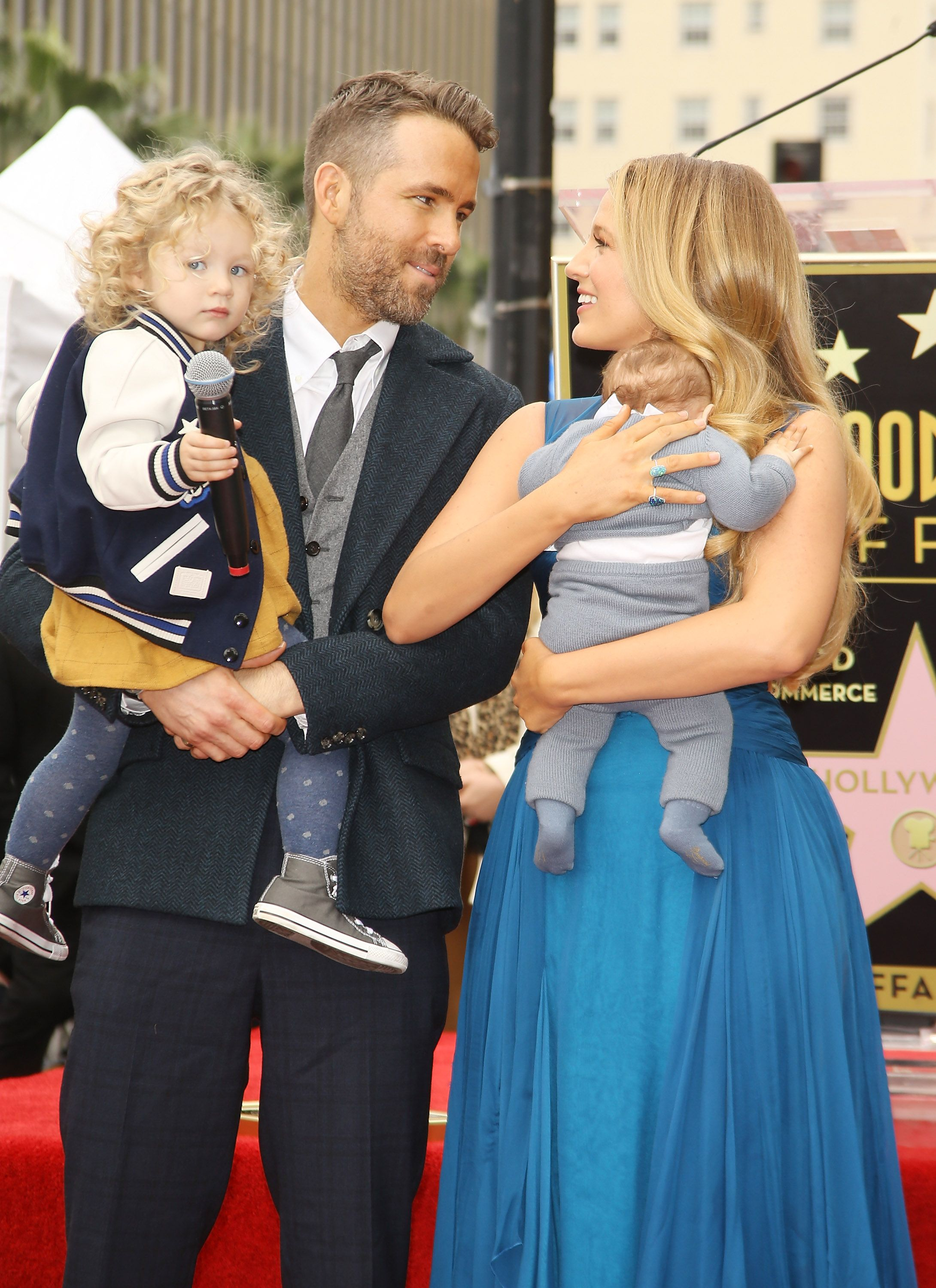 Ryan Reynolds and Blake Lively with their children on The Hollywood Walk of Fame in 2016 in Hollywood | Source: Getty Images