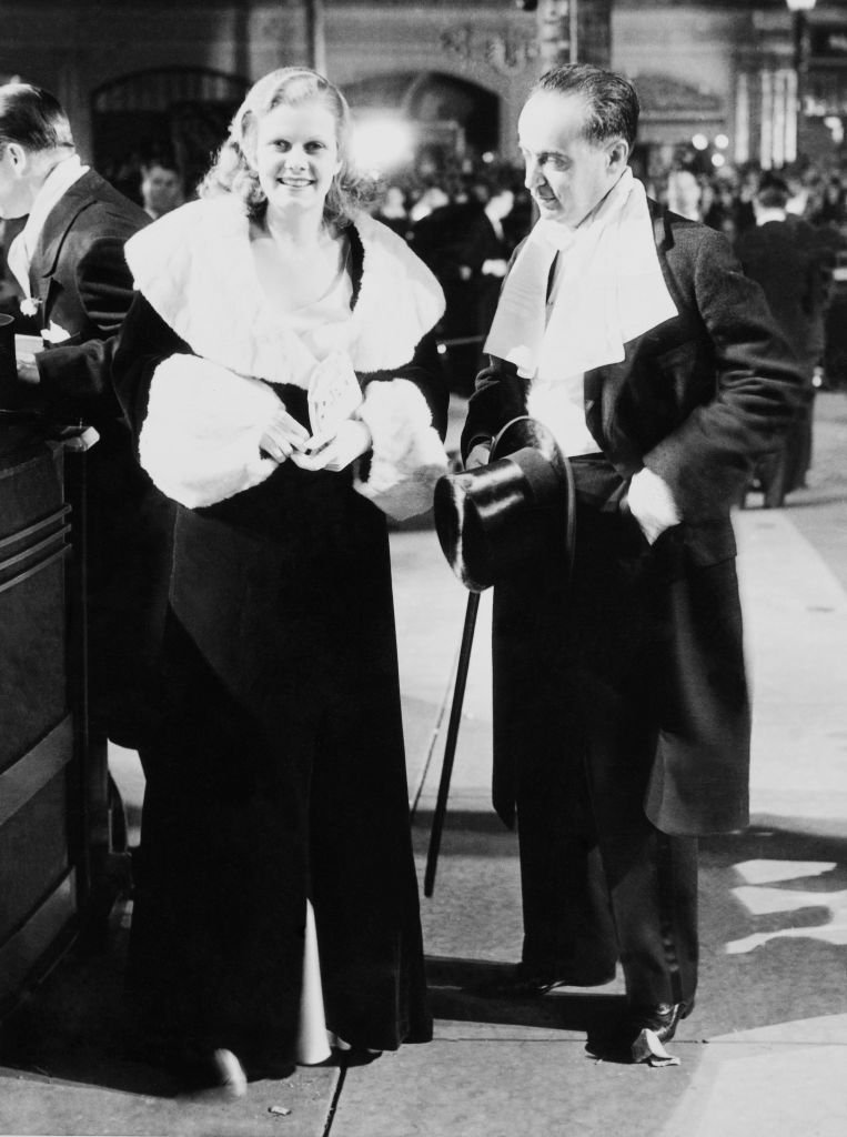Jean Harlow And Paul Bern To Be Newly Wed. 1932. | Source: Getty Images