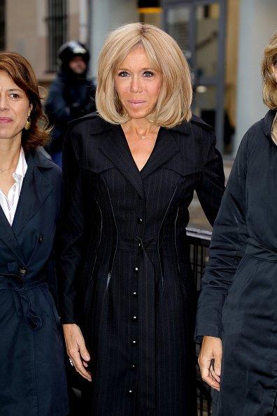 Brigitte Macron, première dame de France, arrive à l'école Lamartine le 09 octobre 2019 à Paris, France. | Photo : Getty Images