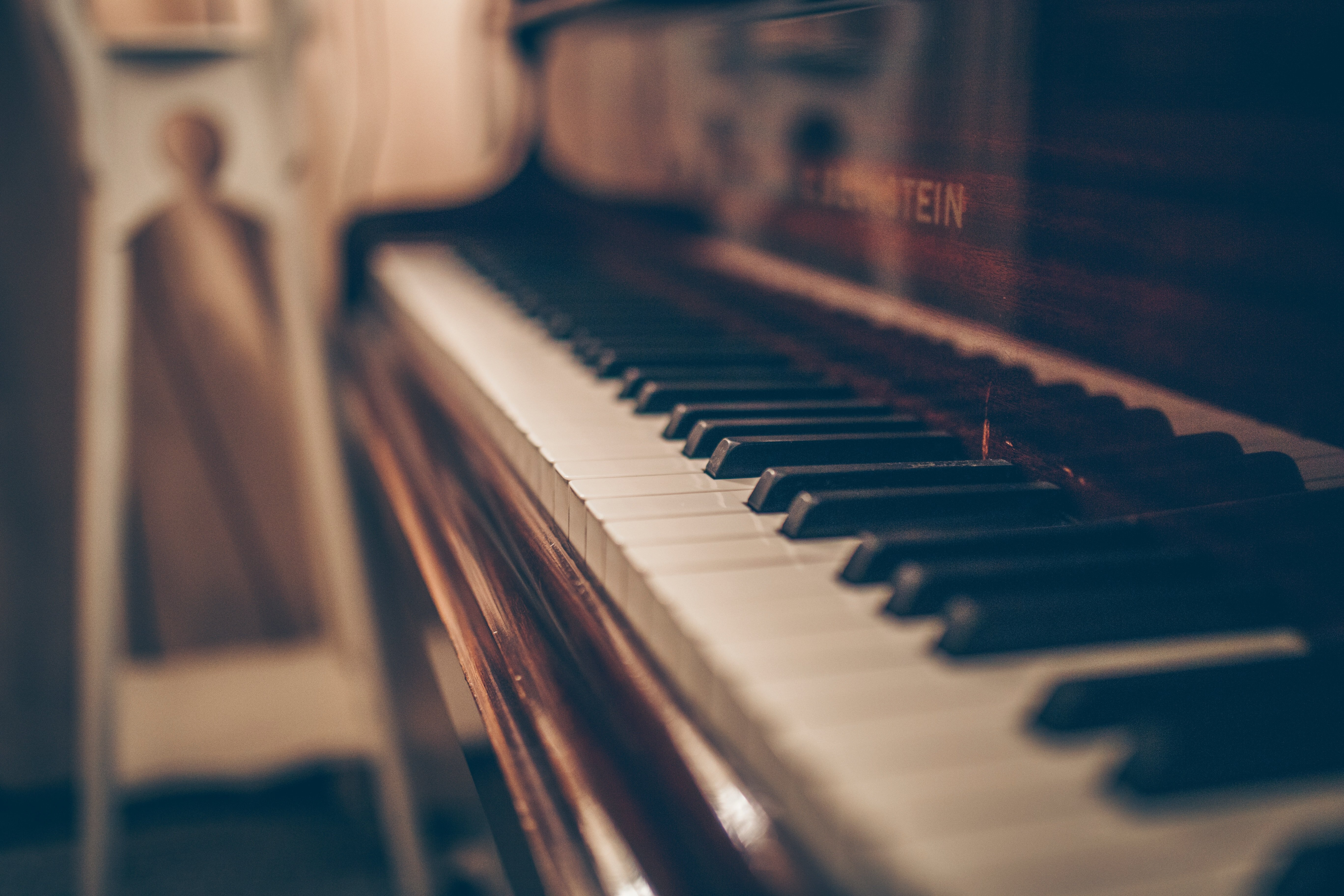 An old piano. | Source: Unsplash