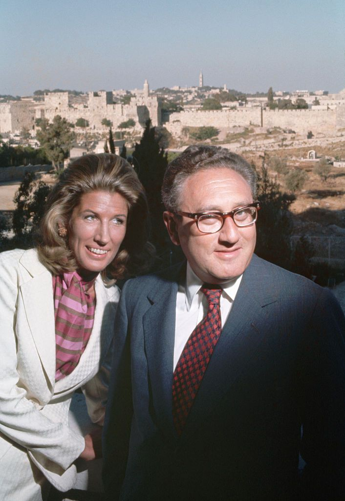 Henry and Nancy Kissinger in Jerusalem in the 70s | Source: Getty Images
