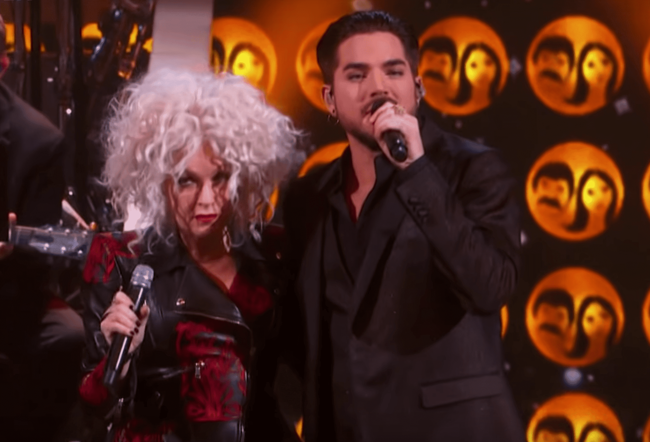 """Adam and Cyndi performing """"I Got You Babe"""" at Kennedy Centre Honors. 