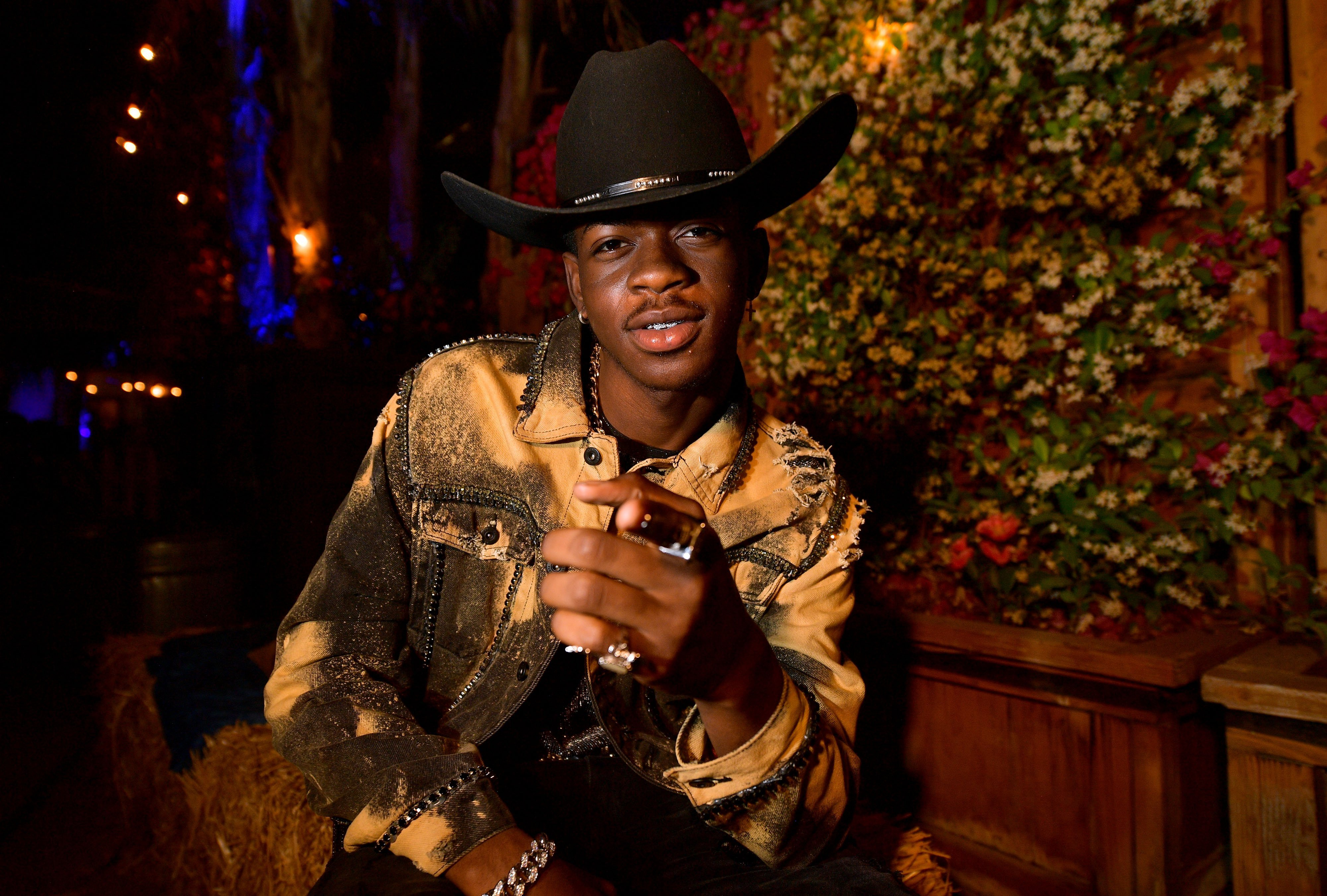 Lil Nas X poses backstage during the 2019 Stagecoach Festival at Empire Polo Field on April 28, 2019. | Photo: GettyImages