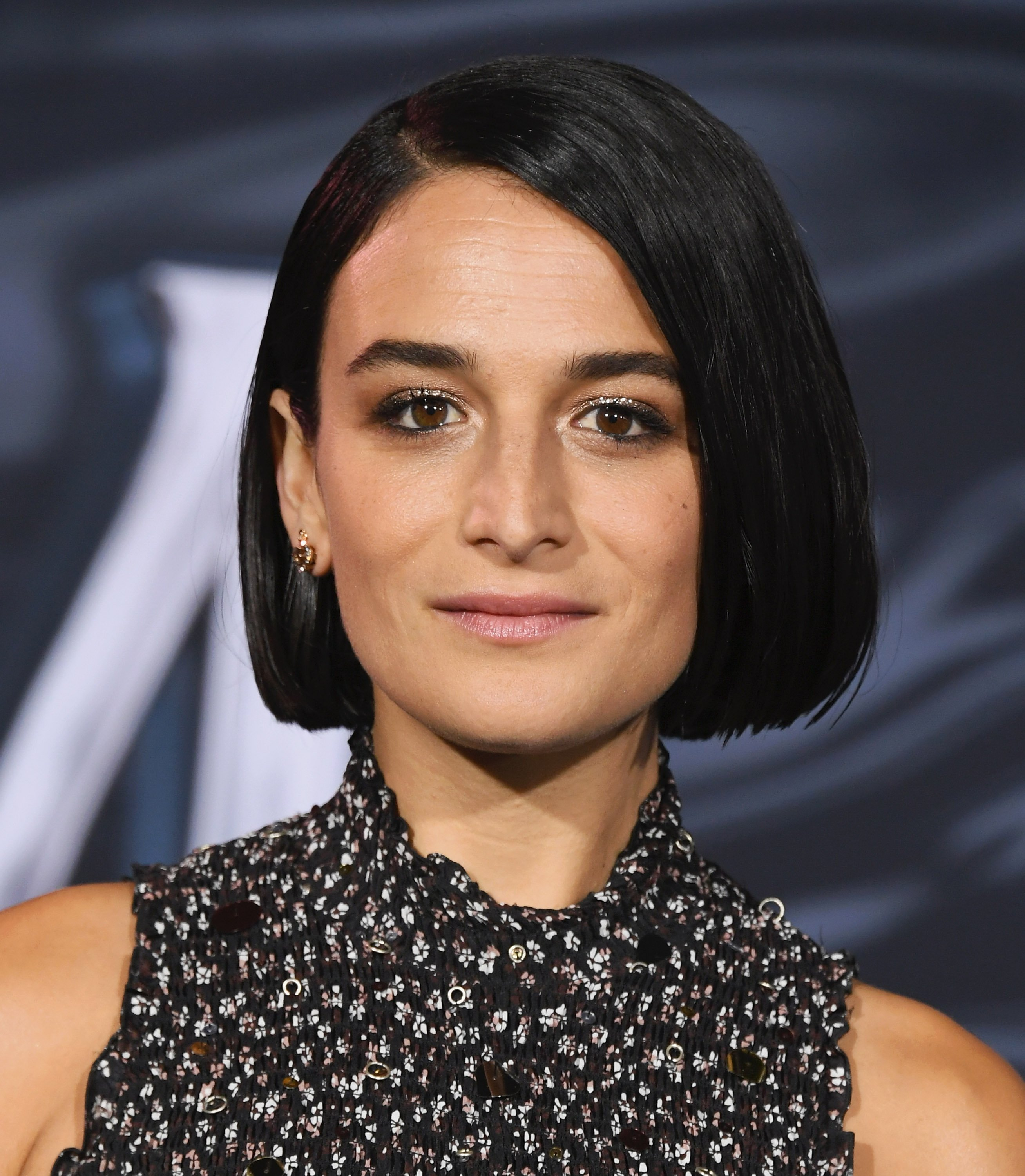 """Jenny Slate attending the premiere of """"Venom"""" Source 