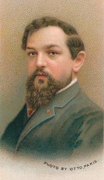 Achille-Claude Debussy (1862-1918) fue un compositor francés que fue una de las figuras prominentes asociadas con el movimiento musical impresionista. | Fuente: Getty Images