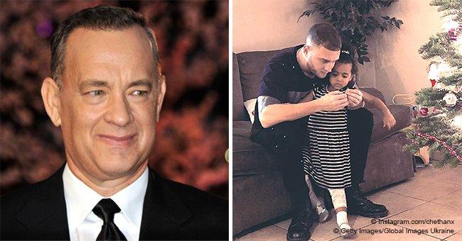 La petite-fille biraciale de Tom Hanks a presque 3 ans maintenant et est la raison pour laquelle son fils est sobre depuis trois ans