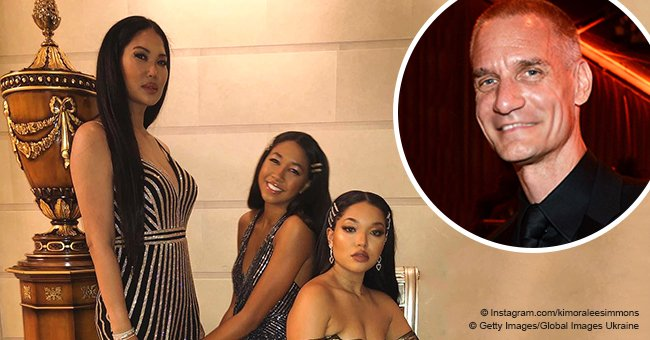 Kimora Lee Simmons shares pic of daughters in stunning dresses amid husband's money-laundering case
