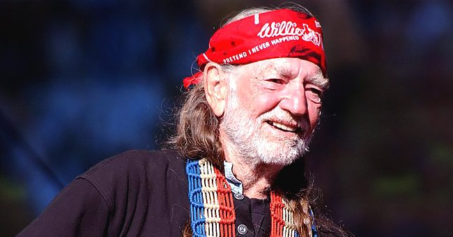 Willie Nelson's Life and Career as a Country Music Icon