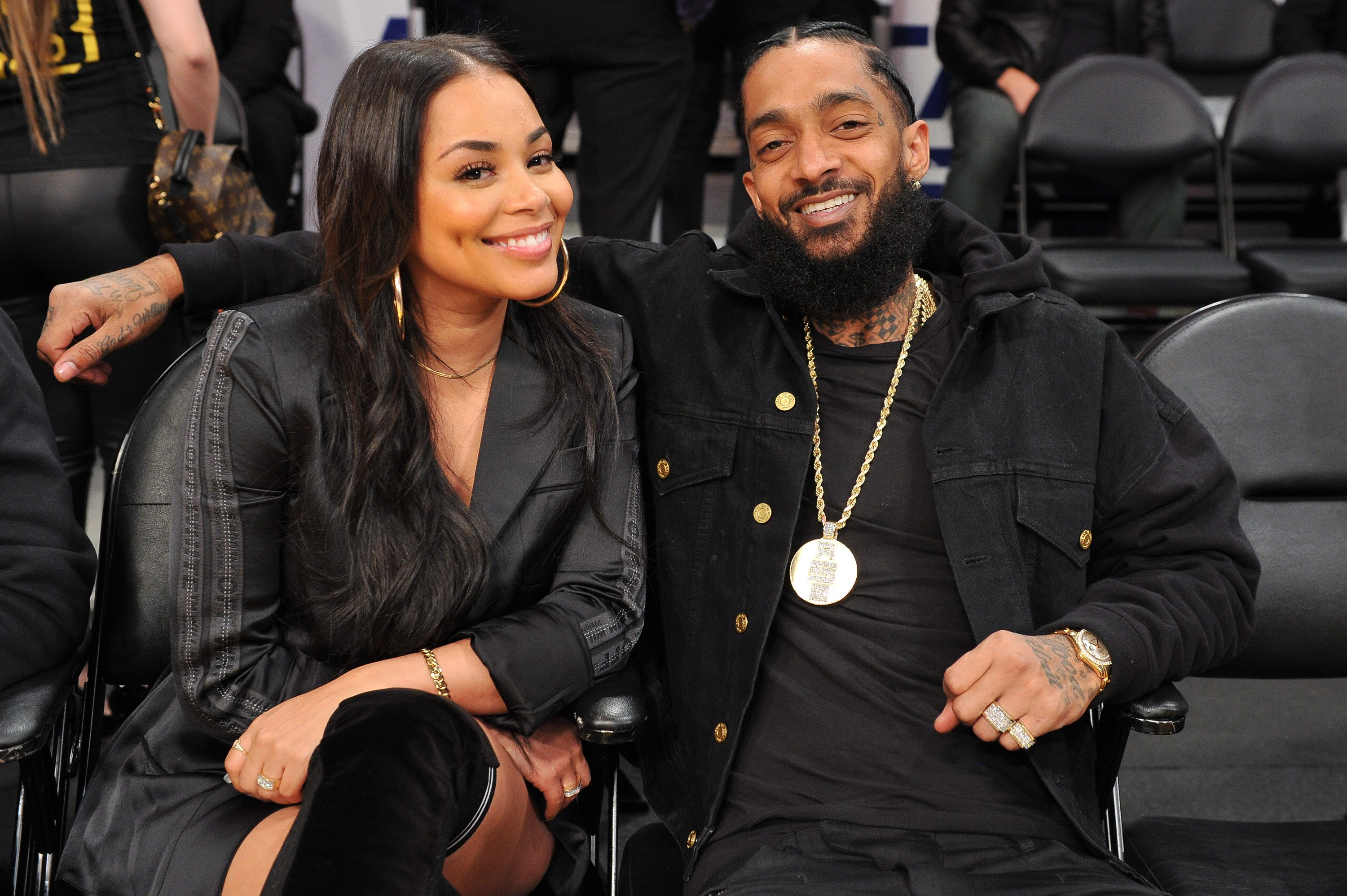 Nipsey Hussle and Lauren London at a Los Angeles Lakers game in November 2018. | Photo: Getty Images