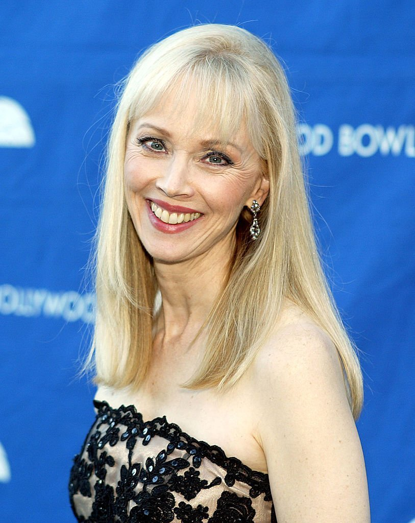 Shelley Long arrives at A Must-See TV Tribute on July 9, 2004 at the Hollywood Bowl, in Los Angeles, California | Photo: GettyImages