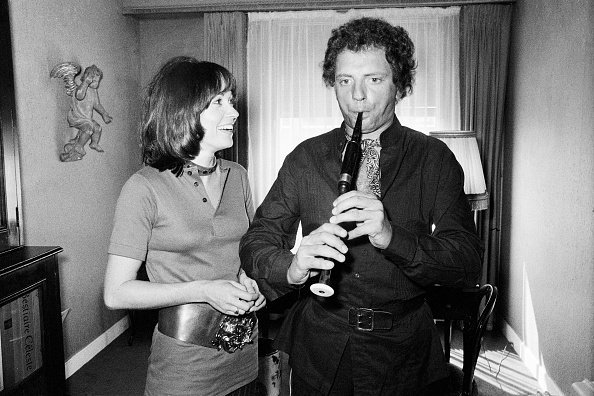 Jacques Martin with his partner actress Marion Game at their home in Neuilly-sur-Seine.   Photo : Getty Images