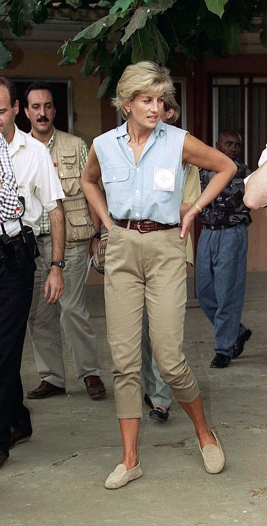 Princess Diana wore denim at Neves Bendinha Orthopaedic Workshop | Getty Images/Global Images Ukraine