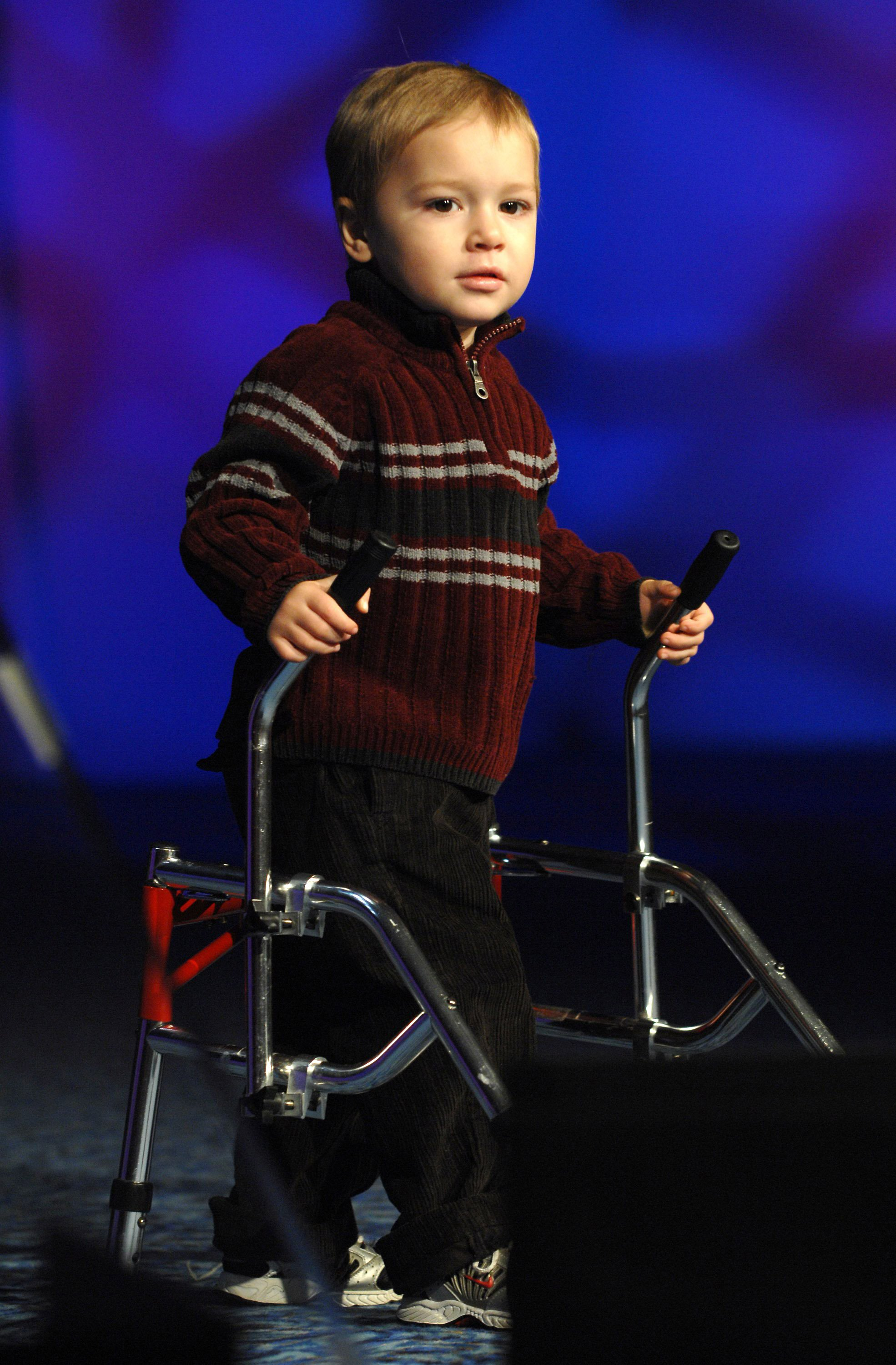 Handicapped child at Christopher Reeve Foundation event in New York , 2014 | Photo: Getty Images