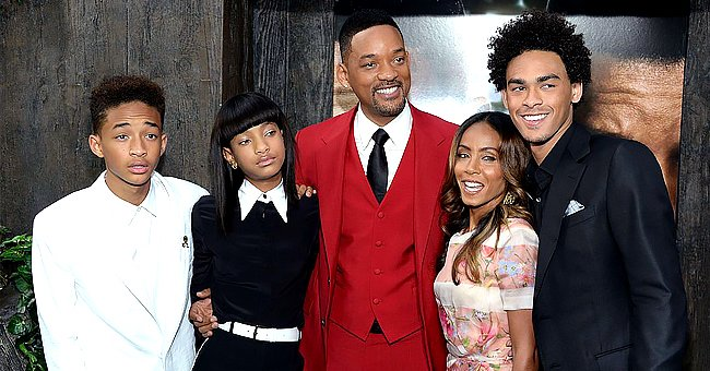 """Jaden Smith, Willow Smith, Will Smith, Jada Pinkett Smith and Trey Smith attend the """"After Earth"""" premiere at Ziegfeld Theater on May 29, 2013 in New York City 