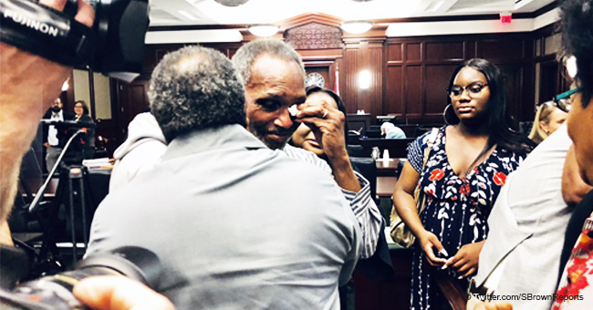 Man Kisses Ground after He and His Uncle Spent 42 Years in Prison for Murder They Didn't Commit