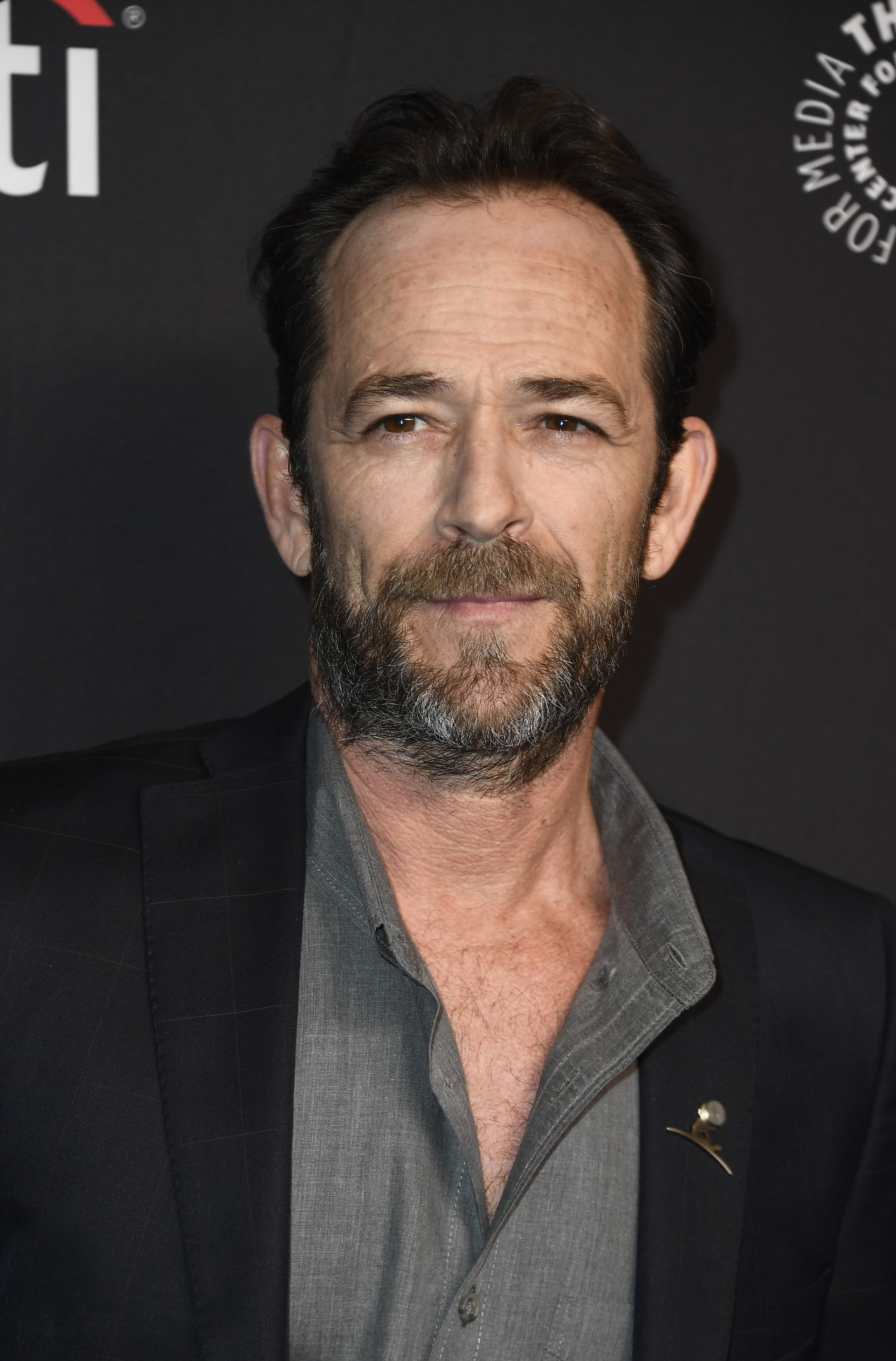 Luke Perry arrives for the 2018 PaleyFest in Los Angeles | Photo: Getty Images